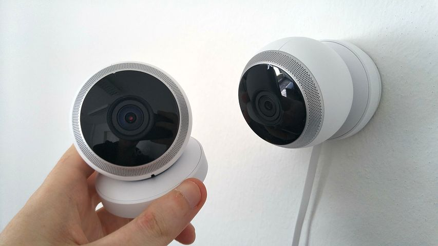 Top 3 Wireless Home Security Cameras For 24/7 Protection